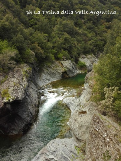 torrente Argentina strada di sotto